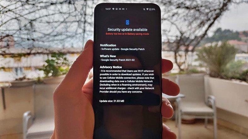 Almanya, Telefonlar İçin 7 Yıl Güvenlik Desteği İstiyor